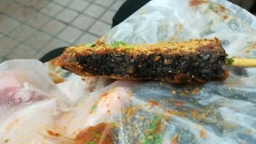 """""""Pig blood cake"""" - Taipei, Taiwan"""